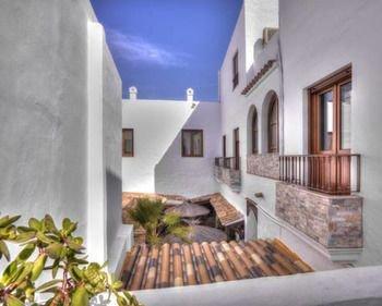 Hotel Almadrabeta - фото 16