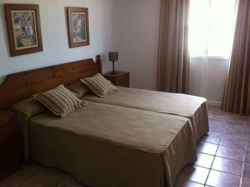 Hotel Almadrabeta - фото 3