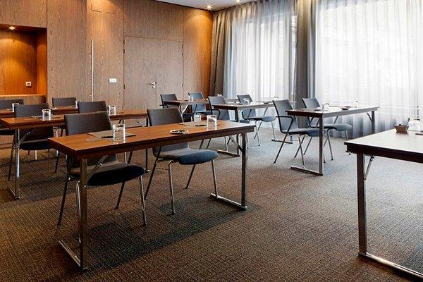 AC Hotel General Alava, a Marriott Lifestyle Hotel - фото 19