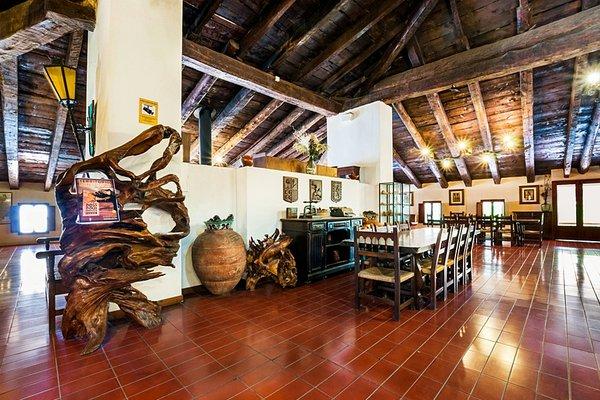 Hostal De La Trucha - фото 3