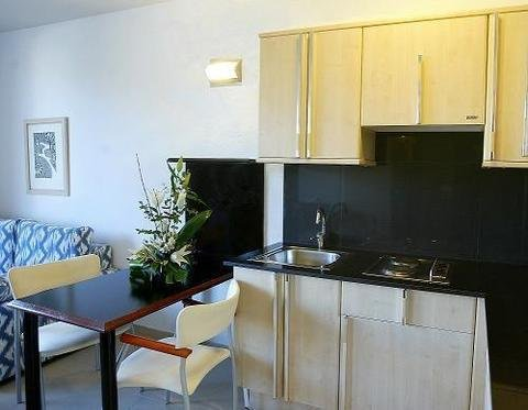 Atenea Park Suites & Apartments - фото 10