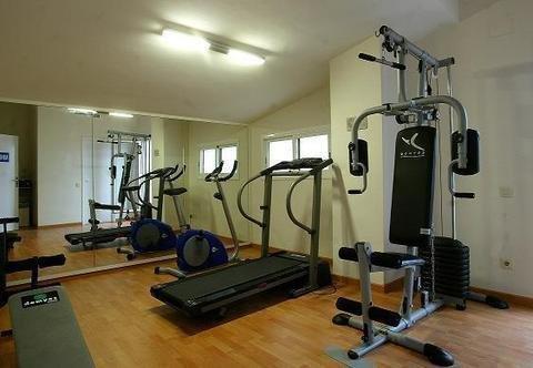 Atenea Park Suites & Apartments - фото 17