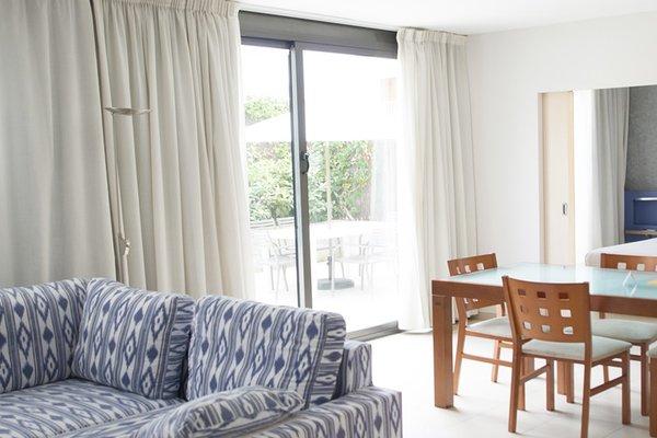 Atenea Park Suites & Apartments - фото 18