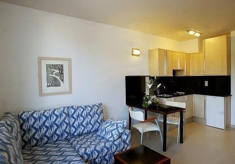 Atenea Park Suites & Apartments - фото 4