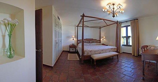Hotel Cortijo Santa Cruz - фото 4