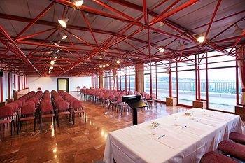 Hotel Sercotel Domo - фото 11