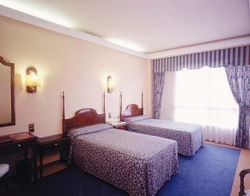 Hotel Ciudad de Vigo - фото 2