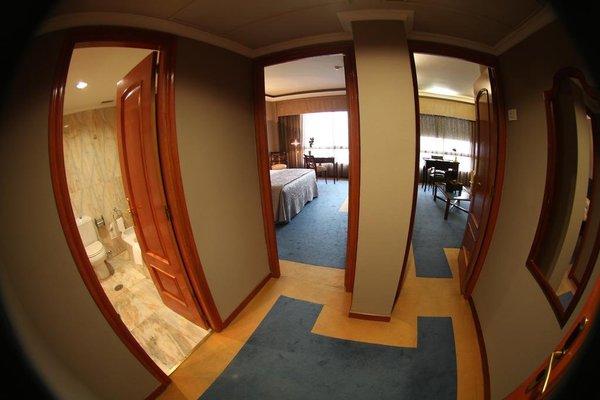 Hotel Ciudad de Vigo - фото 3