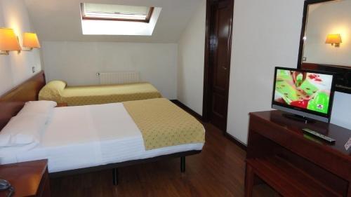 Hotel Compostela - фото 4