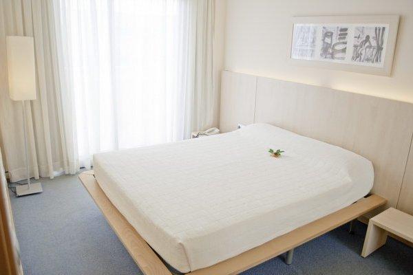 Aparthotel Reina - фото 1