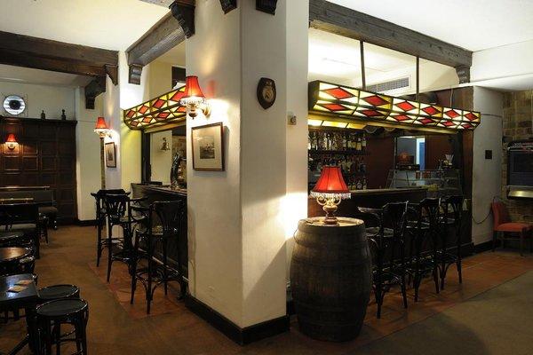 Oriana at the Topaz Hotel - фото 13