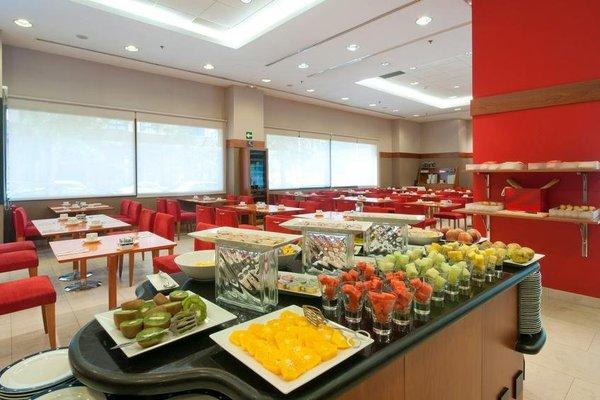 Tryp Valencia Oceanic Hotel - фото 10