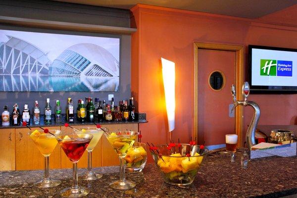 Holiday Inn Express Ciudad de las Ciencias - фото 4