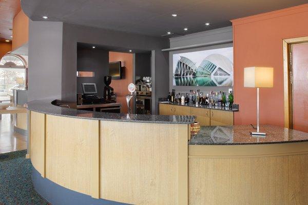 Holiday Inn Express Ciudad de las Ciencias - фото 9