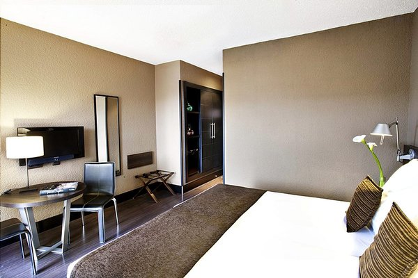 Hotel Medium Valencia - фото 3