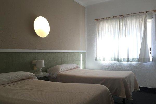 Malvarrosa Beach Rooms - фото 1