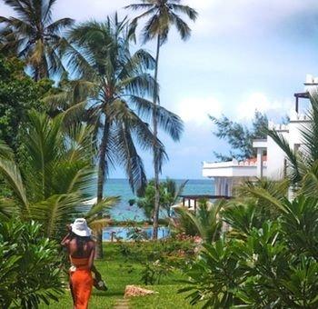 Lantana Galu Beach - фото 23