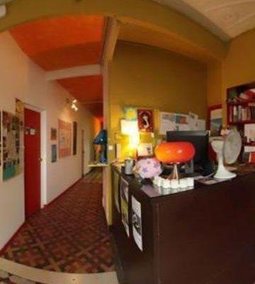 Valencia Lounge Hostel - фото 19