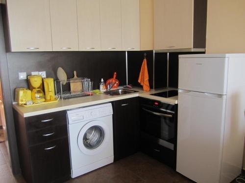 Akra Apartments - фото 11