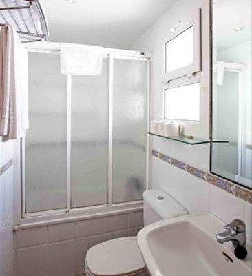 Apartamentos La Proa - фото 8