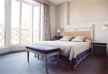 Hotel PAX Torrelodones - фото 1