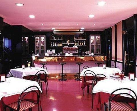 Hotel Celuisma Torrelavega - фото 14