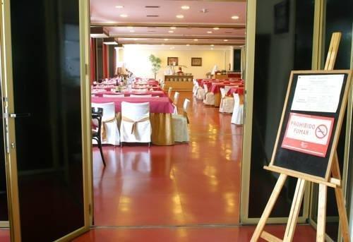 Hotel Celuisma Torrelavega - фото 20