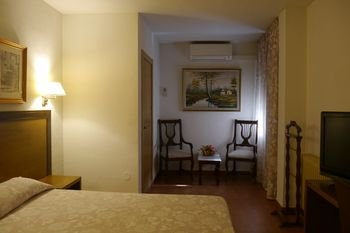 Hotel Torrezaf - фото 2