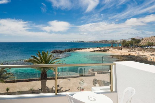 Neptuno Suites - Adults Only - фото 21