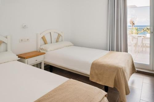 Neptuno Suites - Adults Only - фото 3