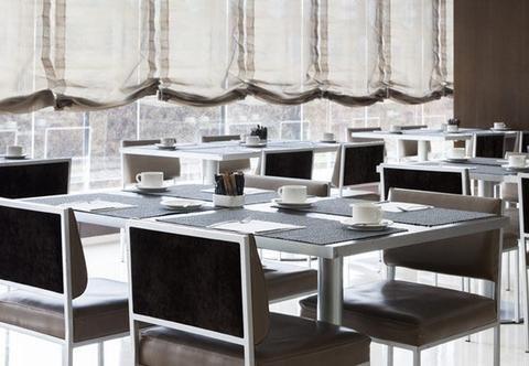 AC Hotel Tarragona, a Marriott Lifestyle Hotel - фото 3
