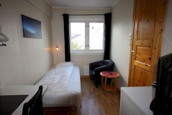 Ami Hotel - фото 1