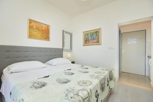 Apartments Dalmatin - фото 1