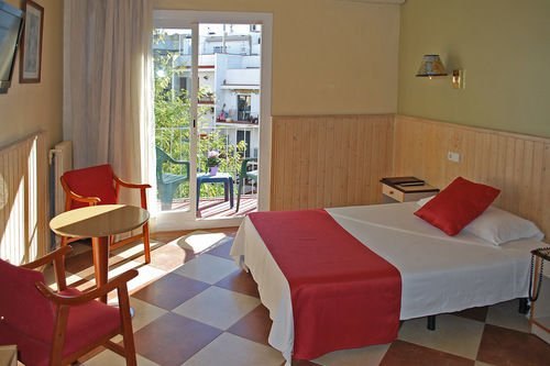 Hotel Piccadilly Sitges - фото 12