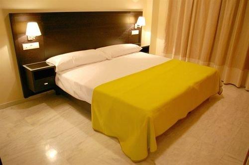 Apartamentos Luxsevilla Palacio - фото 1