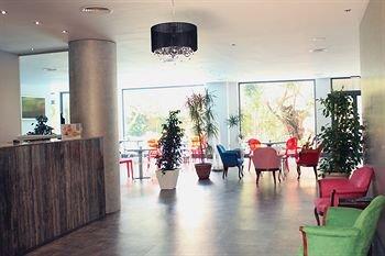 AACR Hotel Monteolivos - фото 11