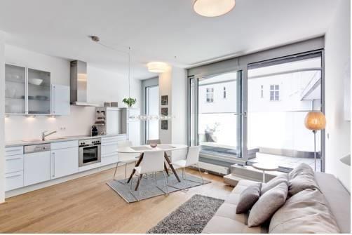Amisa Apartments - фото 1