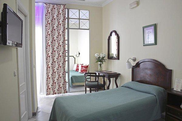 Hotel Abril - фото 1