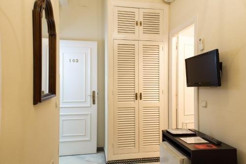 Hotel Abril - фото 11