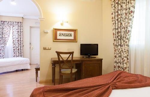 Hotel Cervantes - фото 1