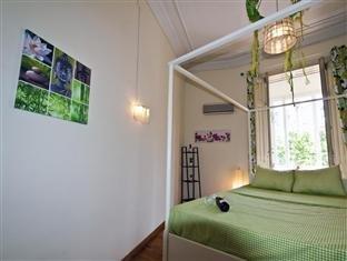 Hostel Tierra Azul Barcelona - фото 1