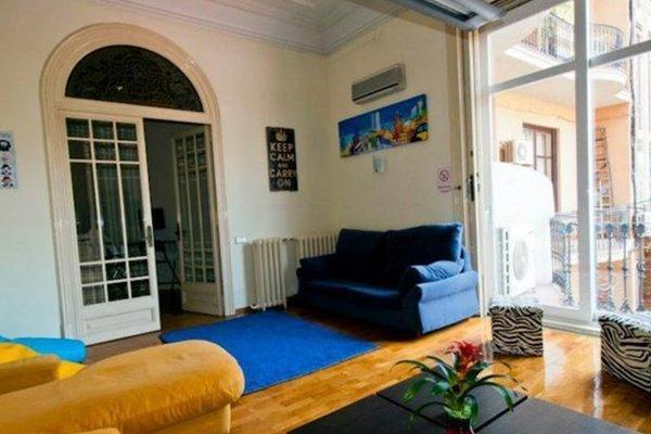 Hostel Tierra Azul Barcelona - фото 15