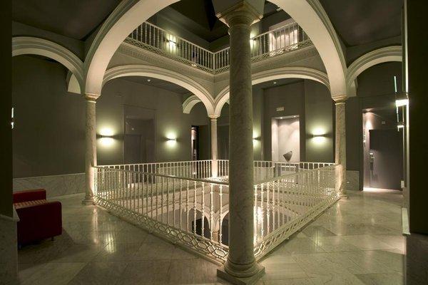Petit Palace Santa Cruz - фото 14