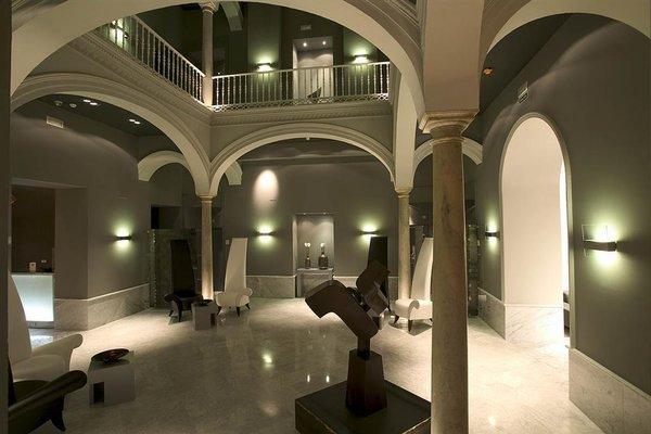 Petit Palace Santa Cruz - фото 15