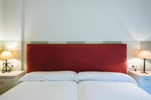 AT apartamentos & VTV Conde de Torrejon 10 - фото 3