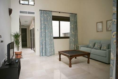 AT apartamentos & VTV Conde de Torrejon 10 - фото 7