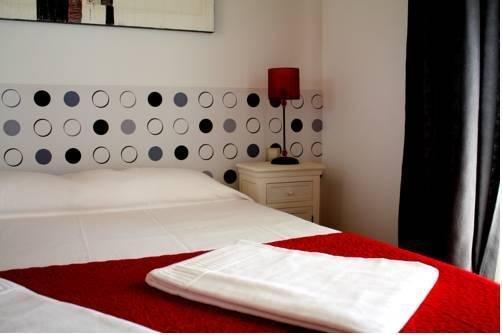 Castellar Singular Apartments - фото 3