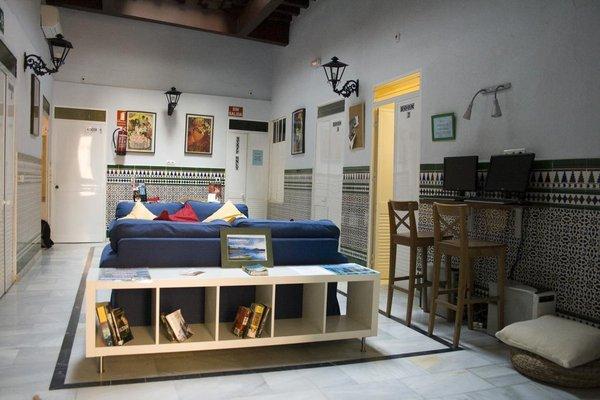 Babel Hostel Sevilla - фото 5