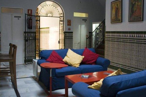 Babel Hostel Sevilla - фото 7