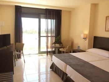 Hotel Sercotel Adaria Vera - фото 1